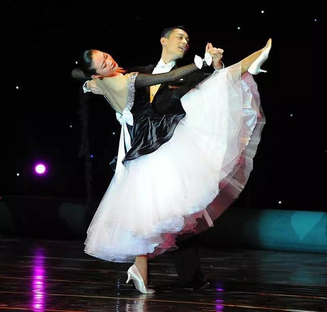 舞蹈技巧,一位舞蹈教练十年的教学经验,精华全在这!