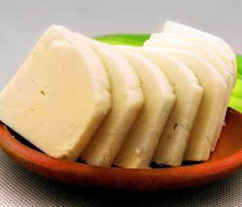 奶豆腐的做法,奶豆腐和奶酪的区别和营养价值
