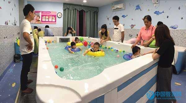 爱多多婴儿游泳馆,浅析婴幼儿游泳馆营销之道