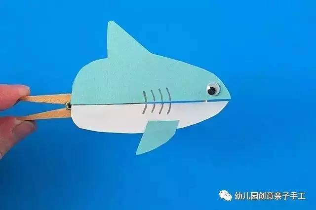 卡纸怎么做,幼儿园创意卡纸手工教程:鲨鱼爱心粘贴画贺卡等,七个教程轻松学