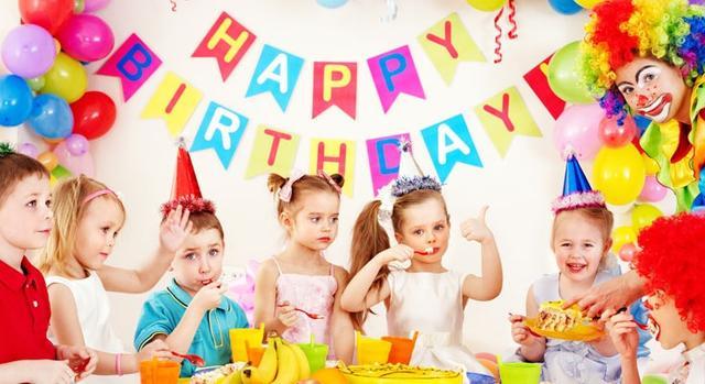 英文生日祝福语,给宝宝过生日需要说的英文:点蜡烛、插蜡烛、吹蜡烛......