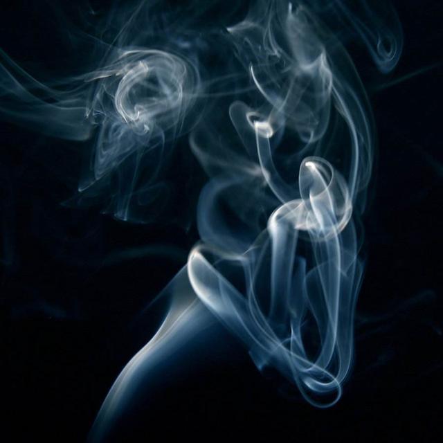 """都说众口难调,但RELX悦刻雾化电子烟却能征服每一杆""""老烟枪"""""""