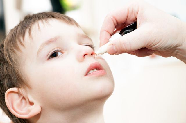 婴儿过敏性鼻炎,儿童过敏性鼻炎,没有症状算治愈吗?儿科医生:没这么简单