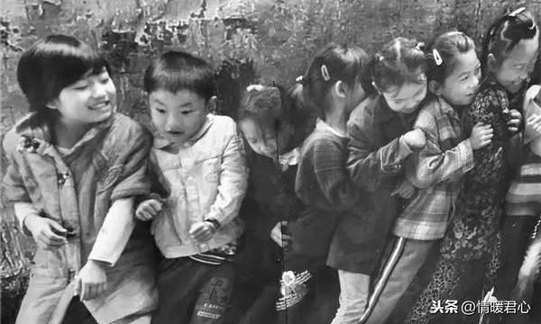 童年快乐简短的句子,致50,60年,回忆你们快乐的童年,现实