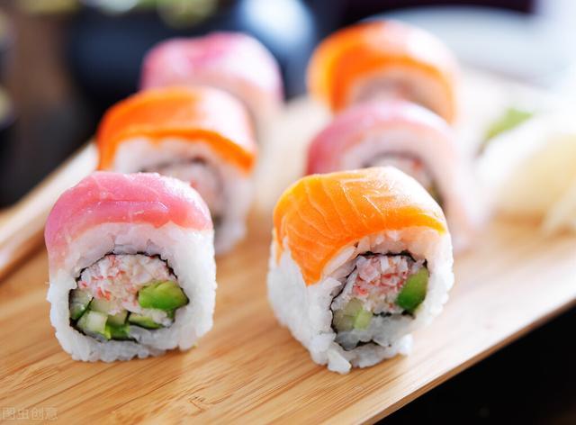 寿司的正确吃法,如何正确的吃寿司