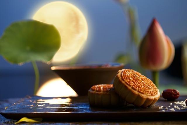 """中秋节的诗,中秋赏月""""此夜若无月,一年虚过秋""""4首古诗词里,最美的月色"""
