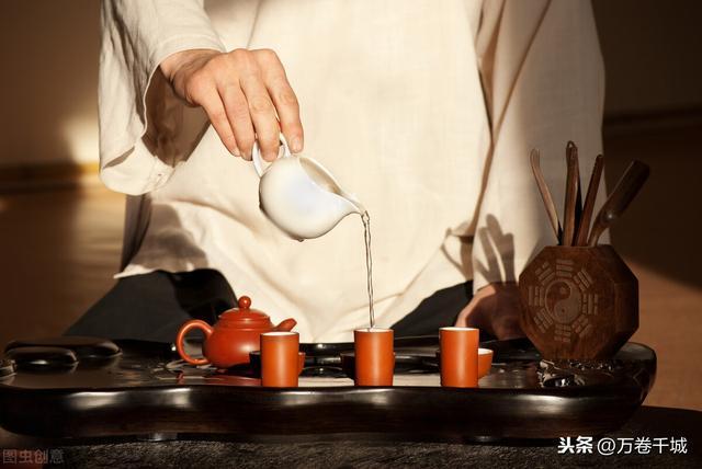 喝茶的句子,喝茶是一种习惯,更是一种信仰。一盏茶,温温入喉,回味悠长