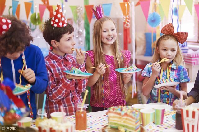英文生日祝福语,小学英语每日一句——生日邀请