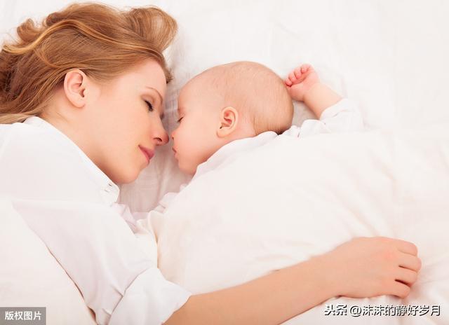 婴儿对,聪明宝宝对周围的环境格外敏感,父母要根据特点,正确引导孩子
