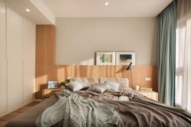 主卧室装修效果图,无主灯的卧室,温馨舒适,有情趣