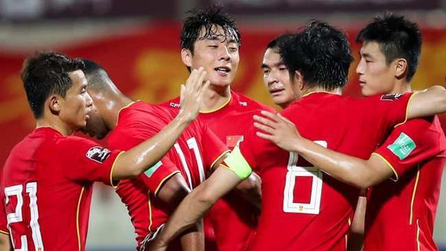 国足球迷开始慌了!张玉宁的发言引热议,范志毅的预言恐成真了 全球新闻风头榜 第1张