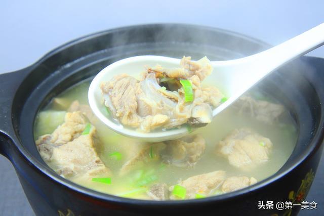 排骨汤的做法,厨师长教你山药排骨汤的正确做法,详细教程全在这,简单好做