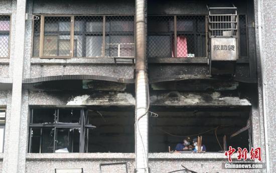 台北医院大火死亡人数增至12人 案情仍待厘清 全球新闻风头榜 第1张
