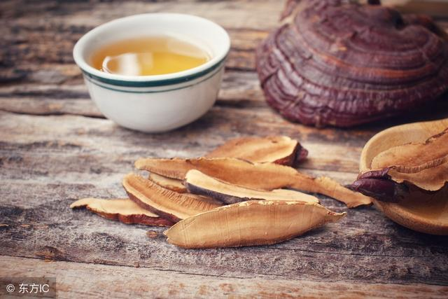 灵芝孢子粉的正确吃法,灵芝可以打成粉吃吗?以这种方式进食,效果或更佳