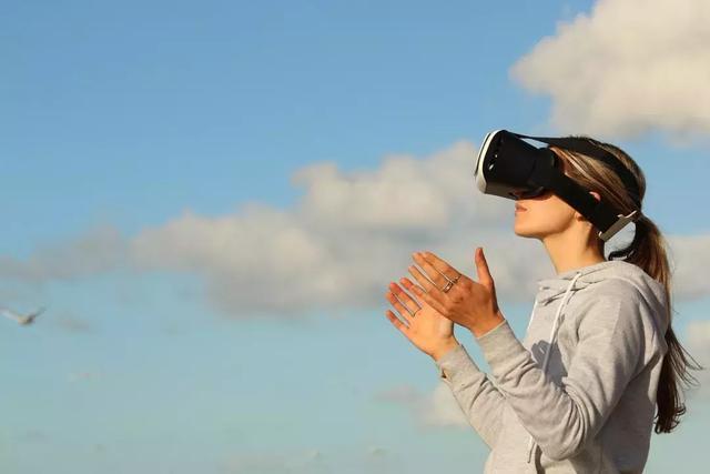 mr  vr,VR/AR更多的是炒作?看看MR怎么让数字化变成现实!
