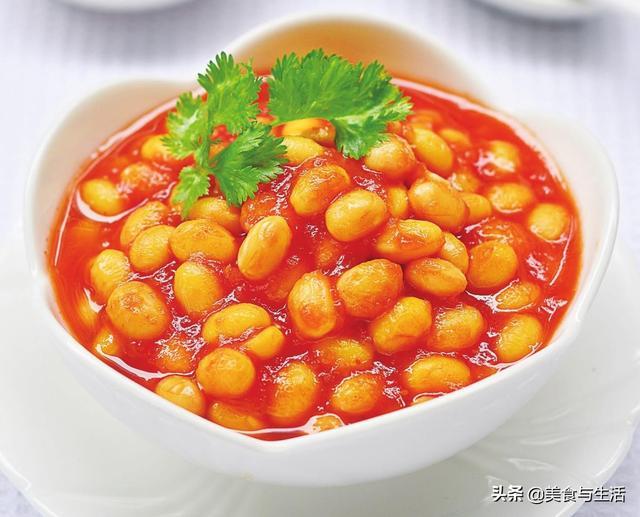 黄豆的吃法,1碗黄豆,3颗番茄,这样简单一做,酸甜开胃,拌饭拌面特别香