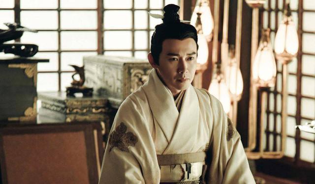 吕不韦是怎么死的,吕不韦从权倾朝野到自尽只用了3年,只因为他得罪了这3个势力