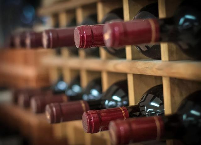 原产地自加拿大的红葡萄酒现阶段没法进到我国市场