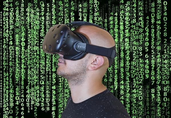 vr头显,站在风口上却没飞起来:VR头显几乎没人用