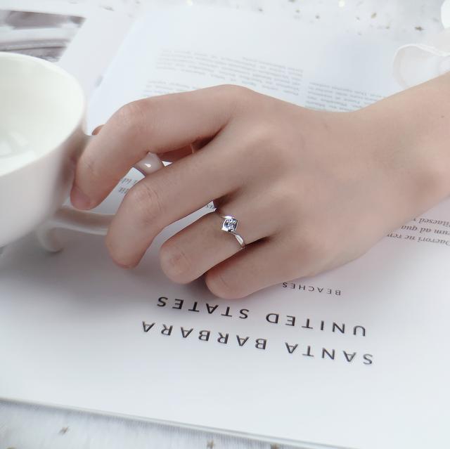 戴戒指的寓意,不同手指戴戒指的含义