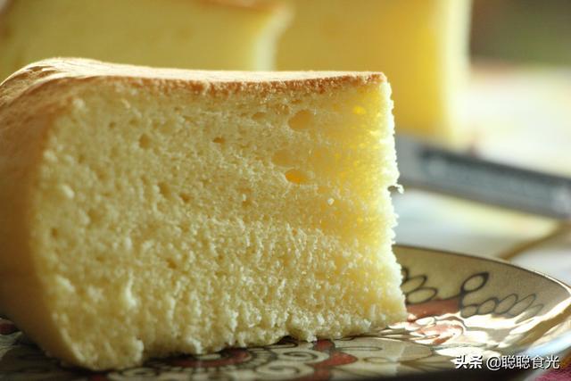 电饭锅怎么做蛋糕,用电饭锅做蛋糕原来这么简单,面粉和鸡蛋一搅,比蛋糕店买的好吃