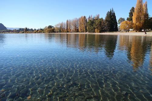 描写水的句子,描写湖水的句子