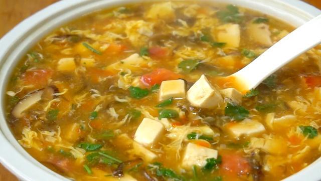 紫菜汤的做法,天冷了,我家常煮这锅汤,成本不到10元,吃完全身都暖和还开胃