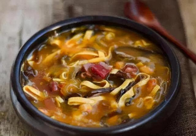 美食图片大全,中国的名气小吃,颜值低但味道好,尤其是图4,称霸宵夜摊多年