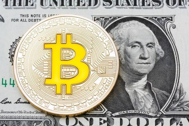 2011年BTC大约1美金一个。十万美元便是十万个btc。