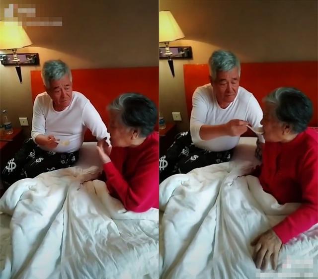 赵本山简介,赵本山照顾90岁干妈,一口一口喂饭有耐心,帮剪脚趾甲也不嫌弃