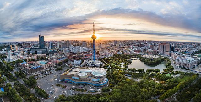 2020首位度排名公布成都武汉等10城超30%以经济发展