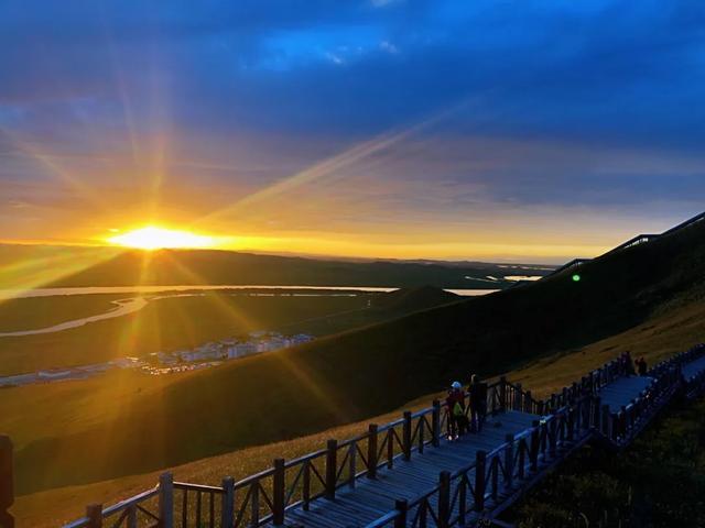 描写黄河的诗句,黄河九曲第一湾|落霞、孤鹜、秋水、长天,大美无言