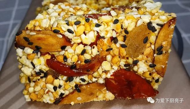 大米的吃法,大米别只会蒸米饭了,扔进滚烫的油锅里,5秒瞬间变美食,太香了