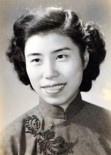 台湾的名人,港台地区最有影响力的20位女作家