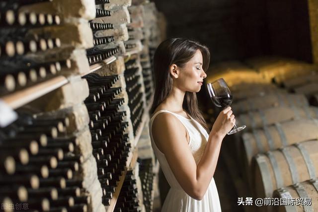 葡萄酒怎么做,了解葡萄酒酿制方法成为品酒高手,葡萄酒的酿造技术详解!(一)