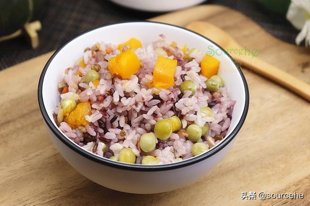 杂粮的吃法,天变冷了,煮米饭时加这18种杂粮,香软可口,尤其长辈要常吃