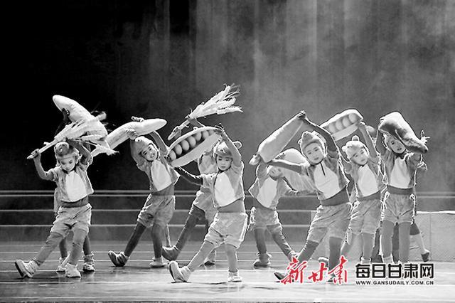 小学生,红色题材儿童剧《大豆谣》首演暨兰州市中小学生观演活动启动