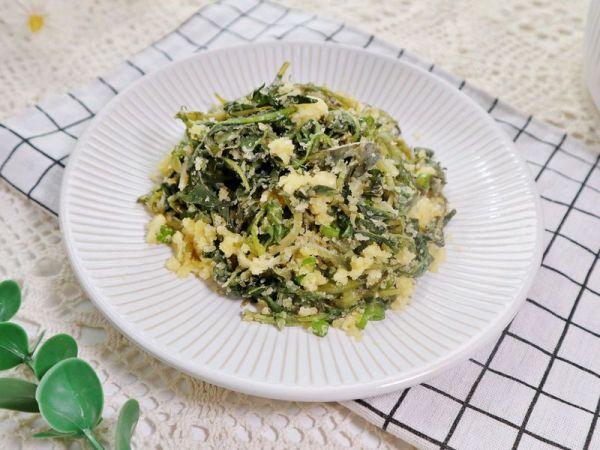 新鲜蒲公英的吃法大全,春季一口鲜❤️蒲公英蒸菜❗️蒸野菜