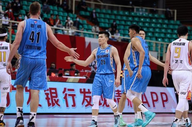 CBA|北京首钢击败深圳 季后赛单场角逐打进八强