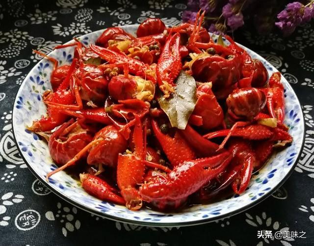 小龙虾的吃法,美味小龙虾的15种家常做法,虾肉鲜嫩汁鲜美,口味又多种多样