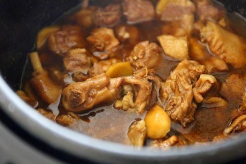 肚仁的吃法,美食推荐:盐爆肚仁、栗子煨牛肉、柱侯酱水鸭的做法