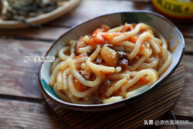 土豆粉的做法,一人吃必备技能,炒一碗这样的土豆粉,滑润爽口柔软筋道