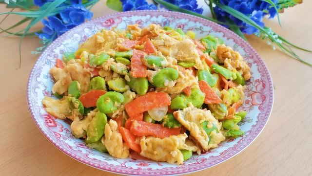 蚕豆的吃法,又到蚕豆上市的时候了,蚕豆米这样做,不仅营养,好吃还下饭
