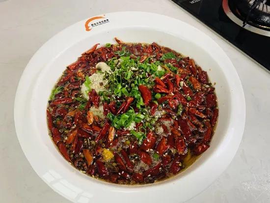 """麻辣鱼的家常做法,美味新东方""""麻辣鱼""""的做法"""