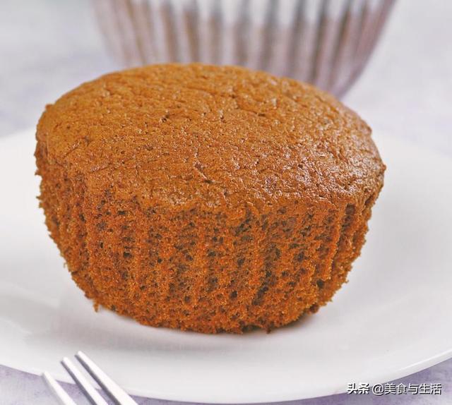 橡皮怎么做,这个蛋糕配方真简单,只需4种家常材料,做出的蛋糕细腻又松软