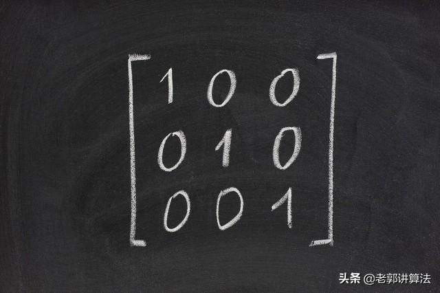 特征的和,特征向量的几何意义?