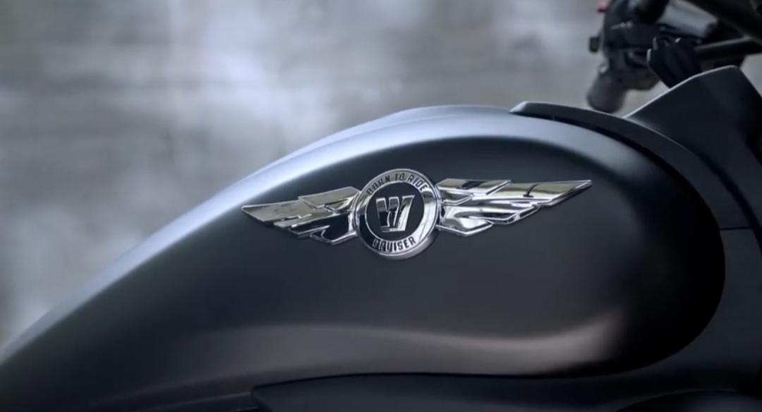 豪爵新亮相的两款太子车,哪一款更值得期待呢?