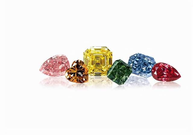 哪种钻石颜色最值钱