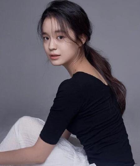 韩剧还魂女主朴慧恩在初次拍摄因演技不达标下车 一起来看看