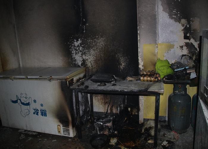贵州黔南一牛肉粉馆发生火灾,疑因电线短路所致